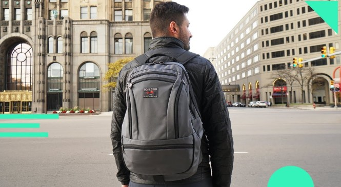 Tom Bihn Synapse 25 Review | Innovative Minimal One Bag Travel Backpack With Accessories