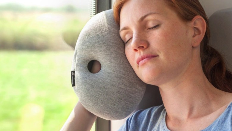$9.50 Ostrich Pillow Mini (Travel Size) – Product Review