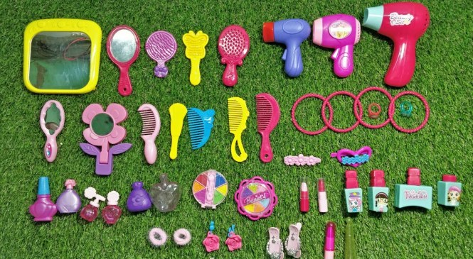 Princess And Barbie Doll Makeup kit And Fashion Accessories for kids
