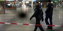 Γερμανια Σύρος πρόσφυγας σκότωσε μία γυναίκα και τραυμάτισε άλλες δύο