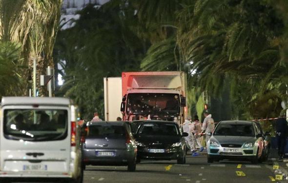 ΑΠΟΦΑΣΗ ΣΤΑΘΜΟΣ Τα Γαλλικά ΜΜΕ δεν θα δημοσιεύουν φωτογραφίες και ονόματα τρομοκρατών