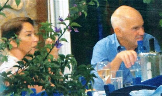 ΔΗΜΟΣΚΟΠΗΣΗ ΒΟΜΒΑ στα χέρια του Γιώργου Παπανδρέου για το μέλλον του ΠΑΣΟΚ