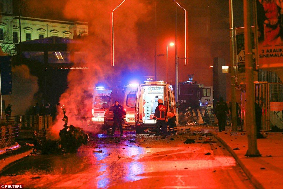 Μακελειό στην Κωνσταντινούπολη 29 νεκροί 166 τραυματίες από την διπλή βομβιστική επίθεση