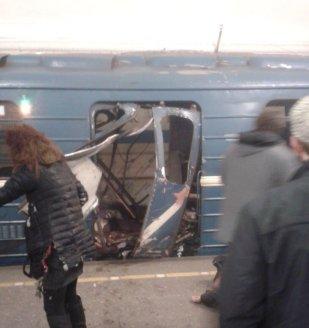 ΦΩΤΟ από το ΜΕΤΡΟ της Αγίας Πετρούπολης (1)