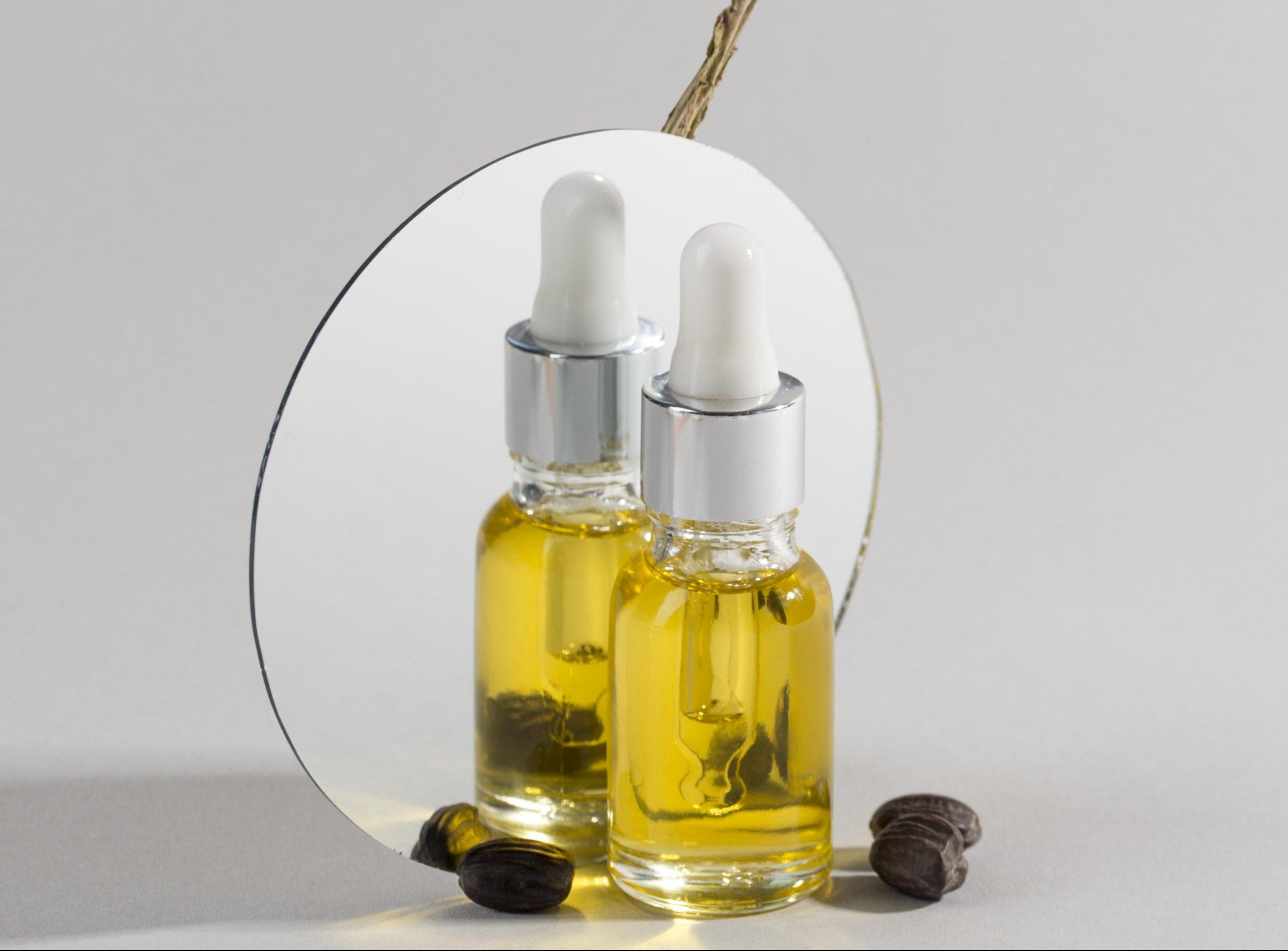 jojoba-oil-dropper-composition (1)