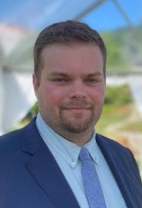 Headshot of Andrew Hess