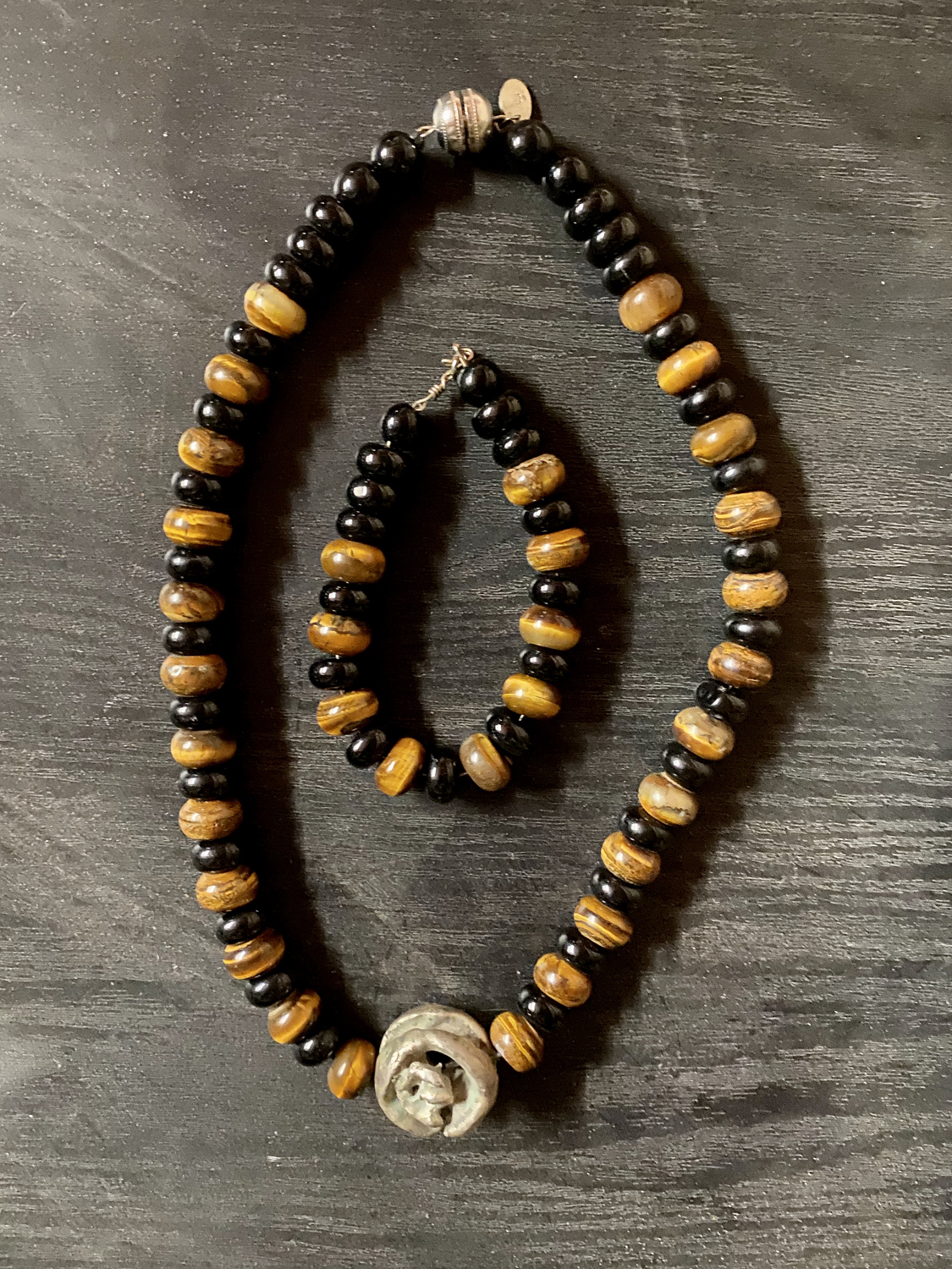 Item 146 - Guttin, Black beads with tigers eye necklace and bracelet