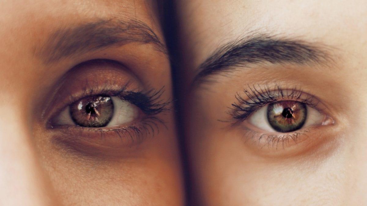 nombreux sont les facteurs responsables de l'apparition de cernes sous les yeux.Avant de se ruiner dans des produits anti-cernes ou tenter de les camoufler sous du maquillage