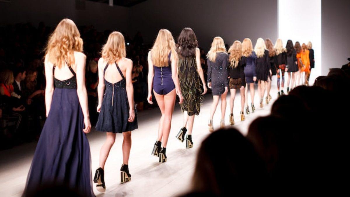 """Une trentraine de représentants de la mode et du luxe présentent leur """"Fashion Pact"""""""