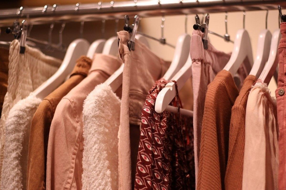 L'art du relooking selon Johanna Tracz : votre dressing, l'élément qui vous offre de l'assurance