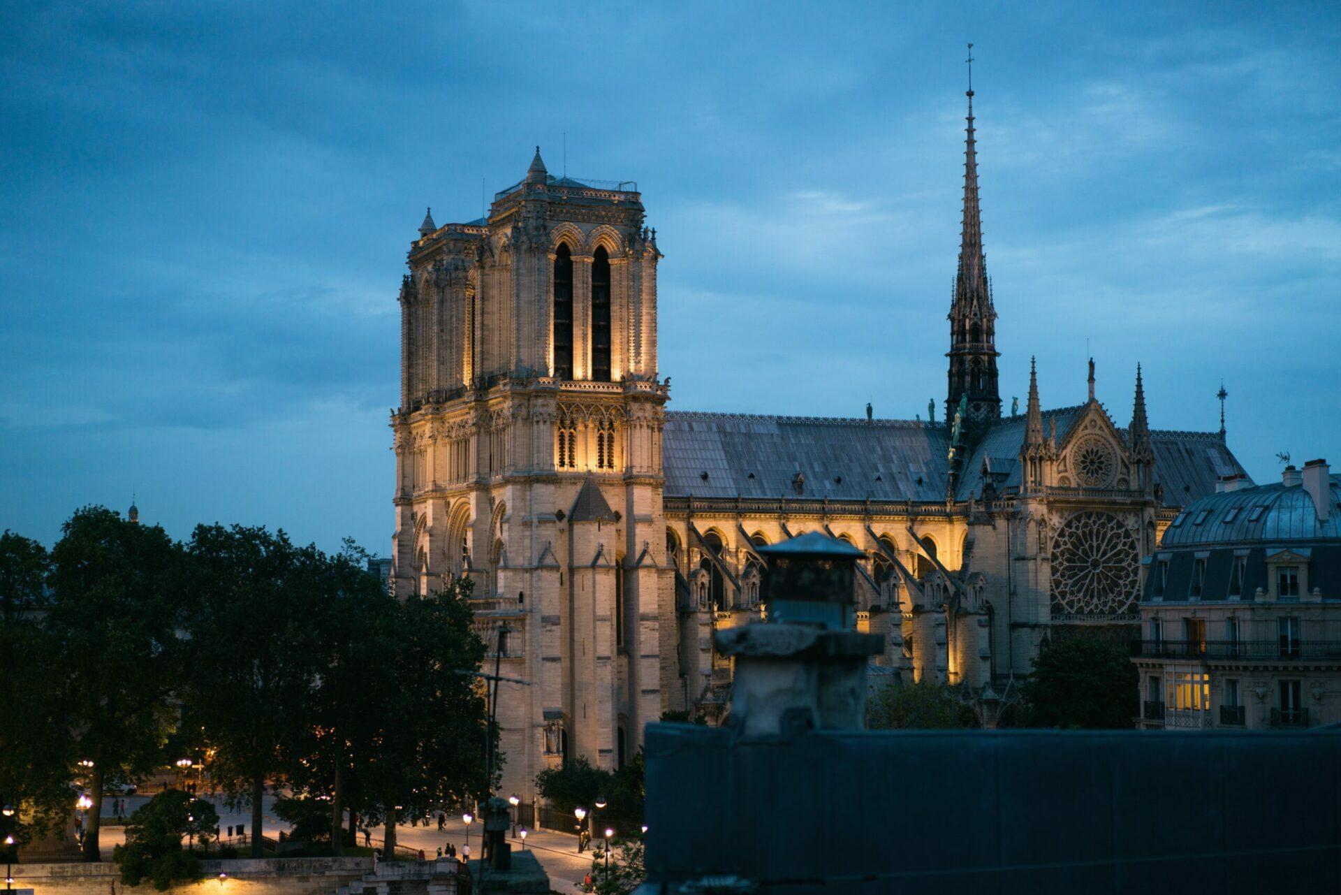 La Cathédrale Notre Dame de Paris : un an après l'incendie où en sont les travaux ?