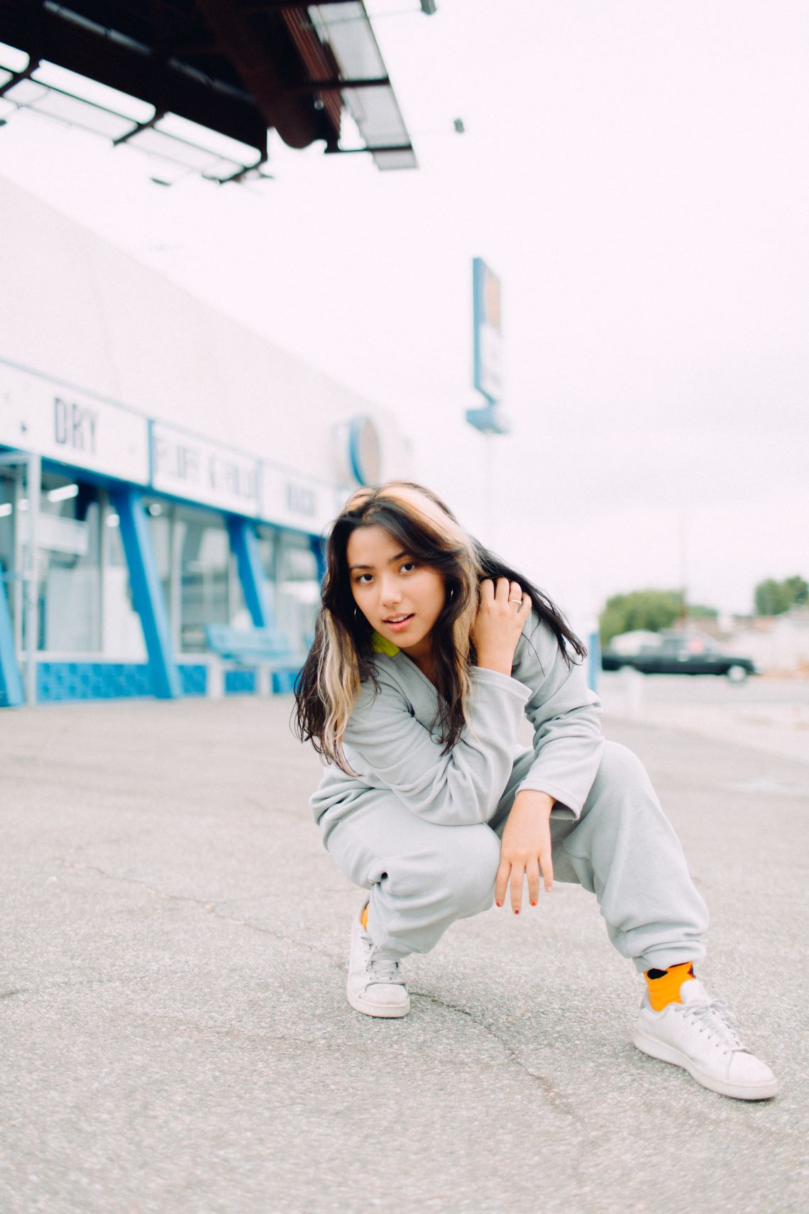 Spill Tab : une chanteuse franco-américaine de la scène indépendante californienne.