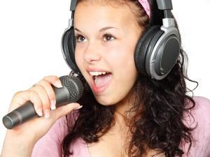 Prendre des cours de chant en ligne