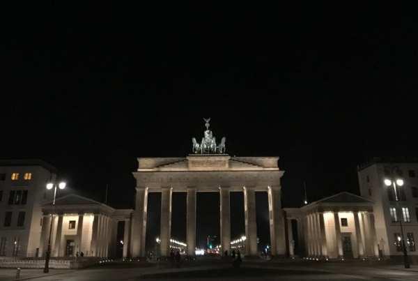 Berlin's Brandenburger Tor by night