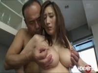 JULIAが台所で濃密セックス
