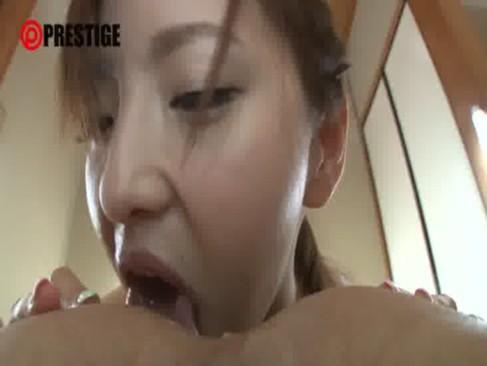 アナル舐めだ大好きな超淫乱ギャルが和室で激しくセックス!唾液まみれになりながらべろべろと舐めまくってるおまんこ動画