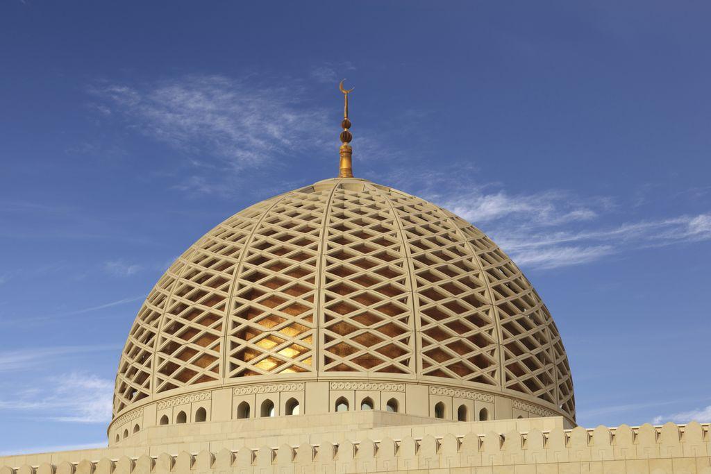 Sultan Qaboos Grand Mosque, Muscat, Matrah, Oman