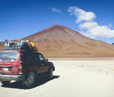 carro no Atacama