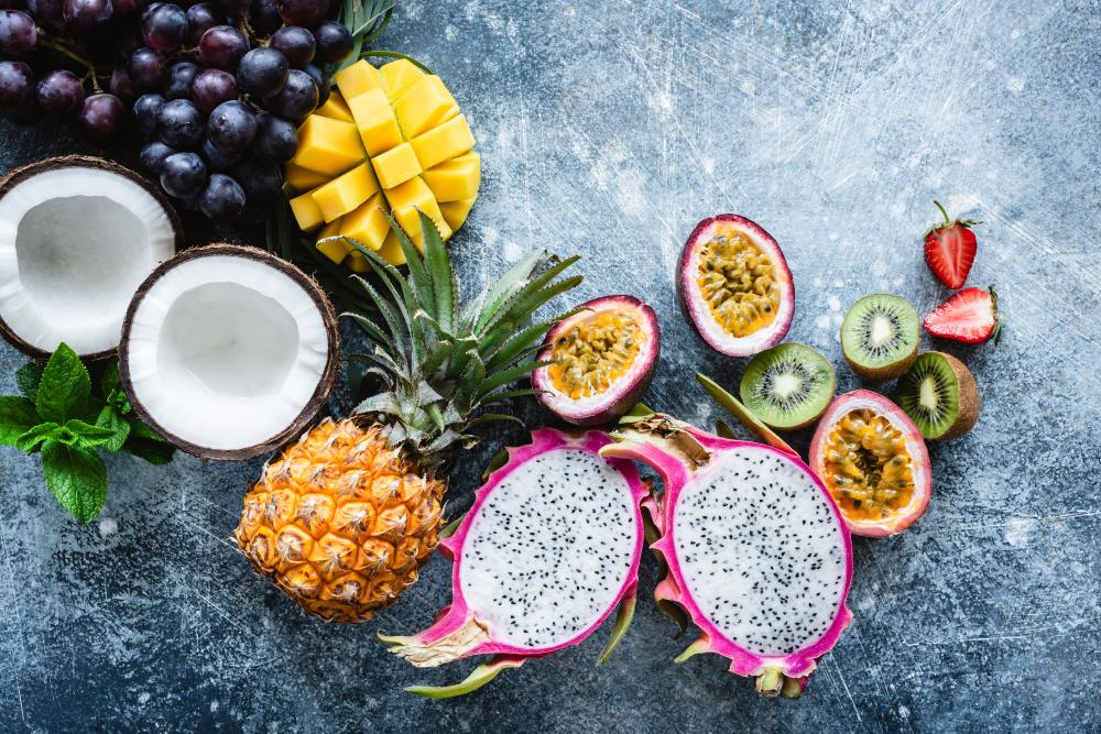 photo illustrant la liste des fruits exotiques vendu dans les magasins Marché Frais