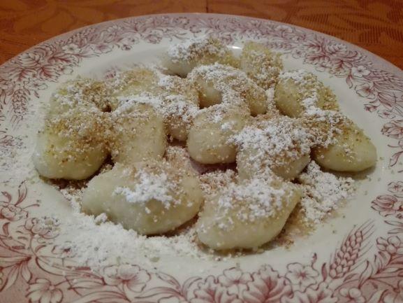 Gnocchi mit Brösel und Zucker
