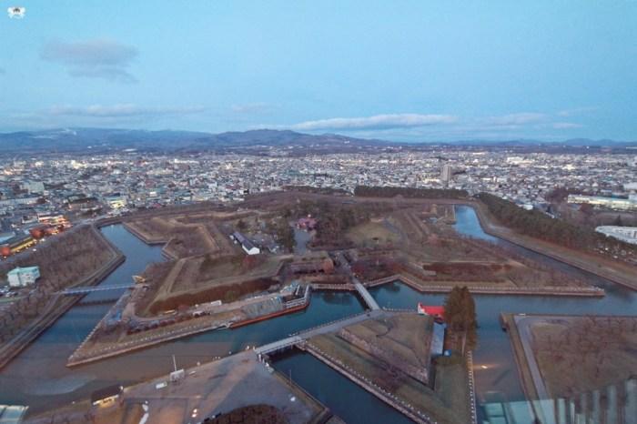 《北海道函館景點》五稜郭塔|冬天必訪的五稜星之夢,星狀堡壘燈海夜景