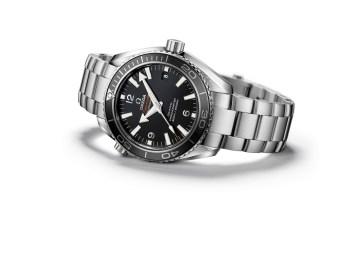 241-SE108_Bond_watch_Planet_Ocean_42mm