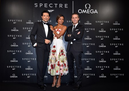 TOKYO, JAPAN - NOVEMBER 30: (from left) Tetsuya Bessho, Naomie Harris, and OMEGA SA Vice President and Global Director of Sales, Retail and Distribution Raynald Aeschlimann attend the event celebrating the OMEGA SPECTRE Japan release on November 30, 2015 in Tokyo, Japan. (Photo by Koki Nagahama/Getty Images for OMEGA) *** Local Caption *** Naomie Harris; Tetsuya Bessho; Raynald Aeschlimann