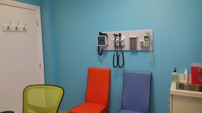 PatientRoomPediatricianNorthFultonOmegaPediatrics
