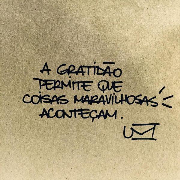 Frases para status gratidão.