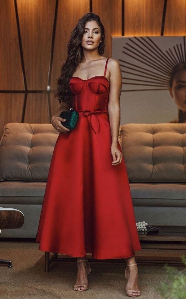 Imagem de vestido vermelho inspiração linda.