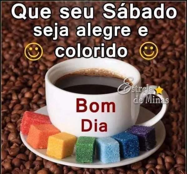 sábado colorido com café