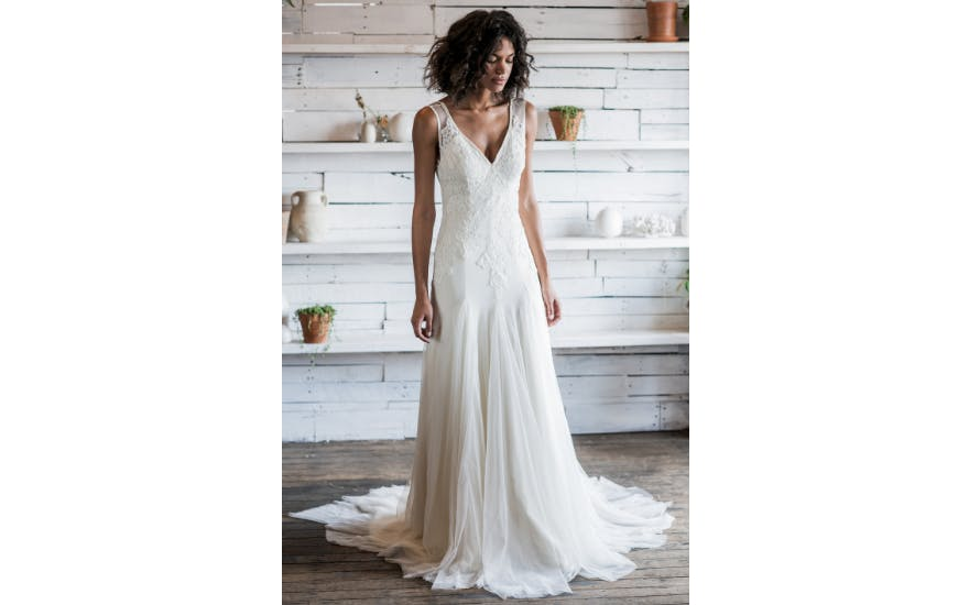 Simple Wedding Dress with Tulle Skirt by Loulette