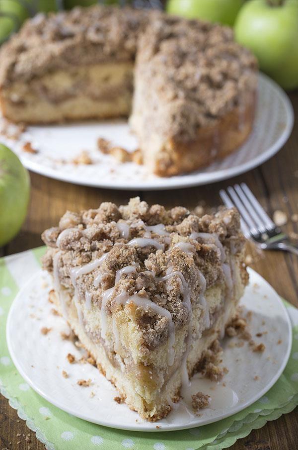 Cinnamon Apple Crumb Cake Recipe | OMG Chocolate Desserts