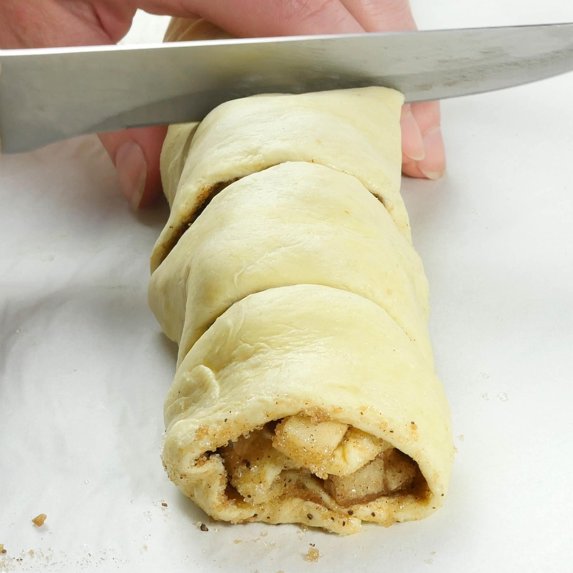 Caramel Apple Pie Crescent Roll