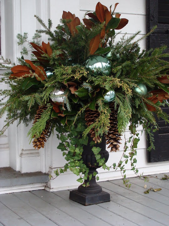 12 Ways to Use Evergreen Cuttings in Your Holiday Decor   OMG     Gorgeous Christmas Urns