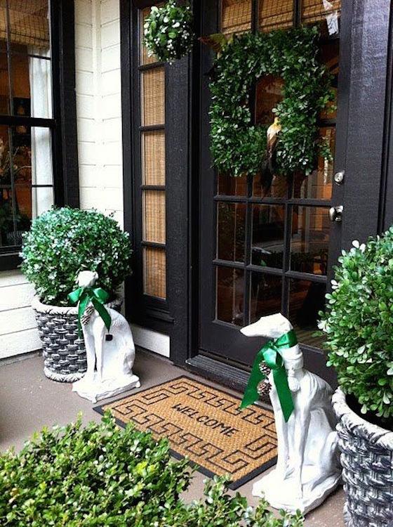 16 Gorgeous Christmas Wreaths OMG Lifestyle Blog