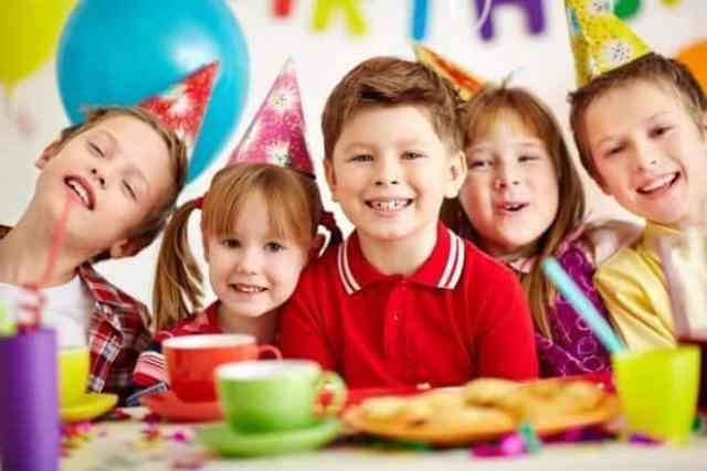 Animacija otrok je najpreprostejša v obliki rojstnodnevne zabave