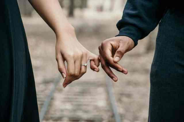 Koliko časa pred poroko se je dobro zaročiti