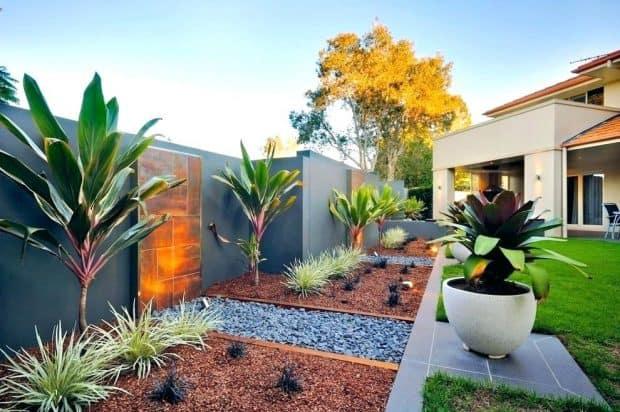 urejanje okolice nasad eksoticnih rastlin urejena-okolica-in-vrt