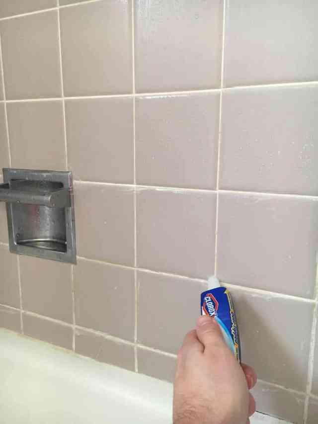 belilo-za-fuge-v-kopalnici