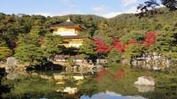 Kinkakuji, den gyllene paviljongen i Kyoto