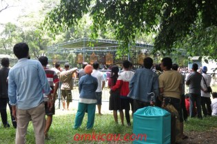 Asyiknya lomba burung di Taman Balekambang Solo (4)