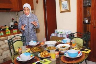 Ir Hj Azanti Moeis, seringkali pasien mengonsumsi herbal hanya fokus untuk penyakit, tanpa memperhatikan pola makan sehat untuk mendukung penyembuhan