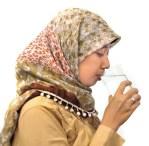 Minum air putih per hari dapat membantu kesehatan ginjal