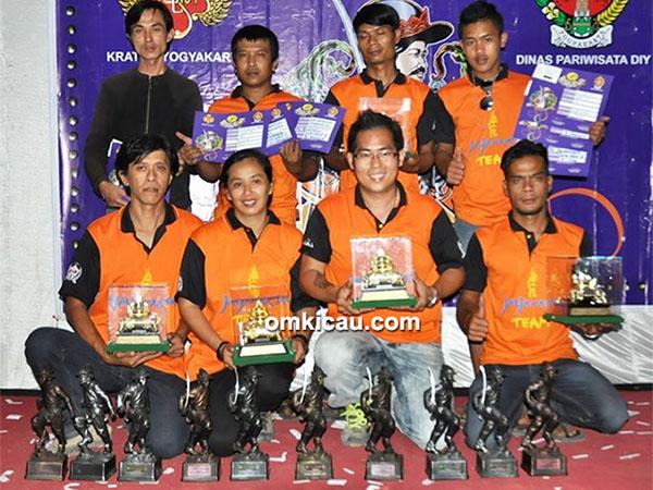 Om Ade KKLB Bandung
