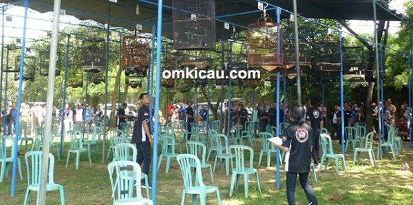 Lapangan Gelora Berkicau