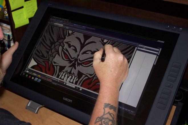 Wacom Cintiq for embroidery digitizing