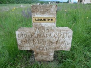 Nadgrobni spomenici 2013. godine