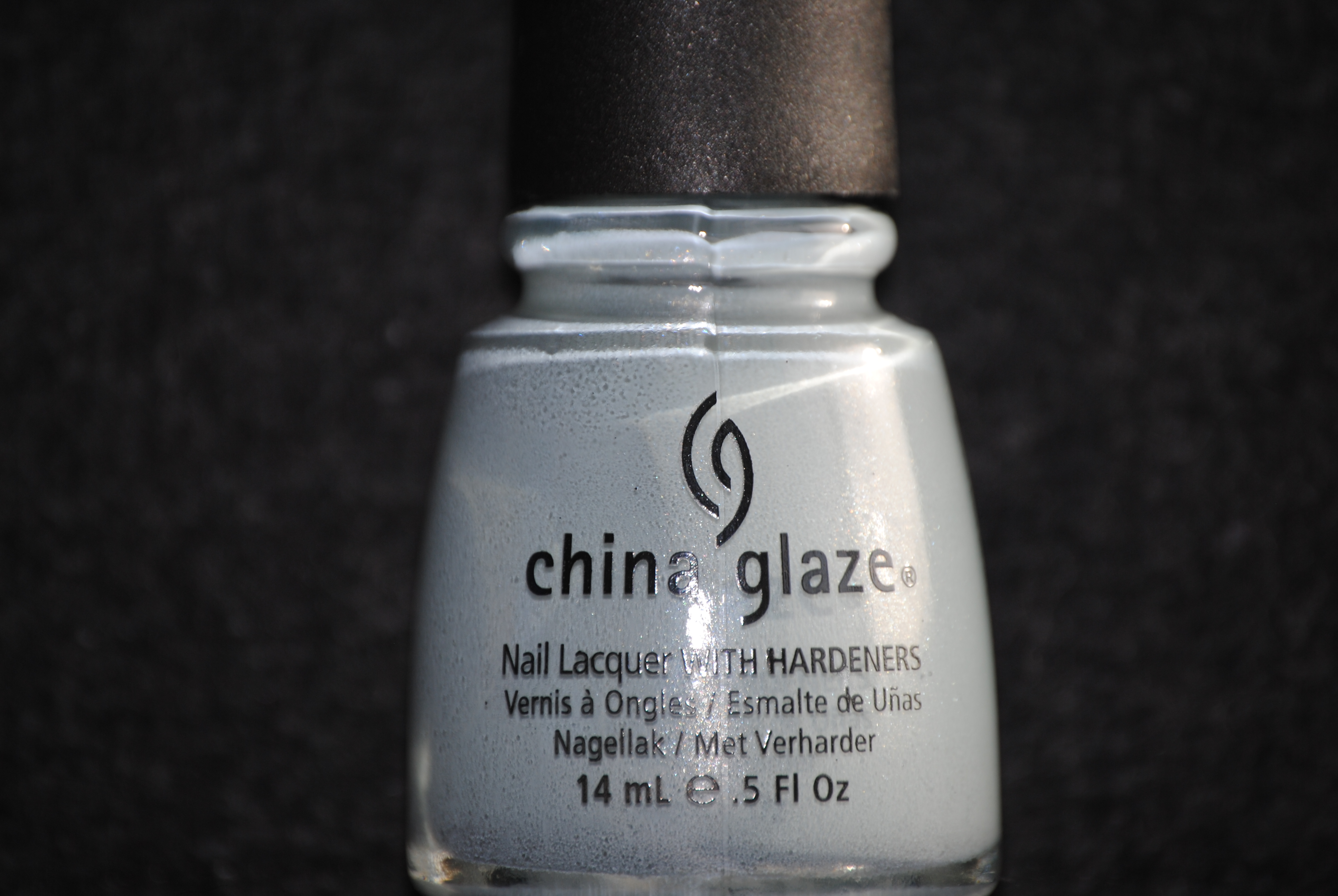 Spray on nail polish china glaze nail spray reviews - When I Recently Reviewed China Glaze S Anchors Away Collection Part 1 Part 2 Part 3 The Only Shade That I Left Out Was Sea Spray