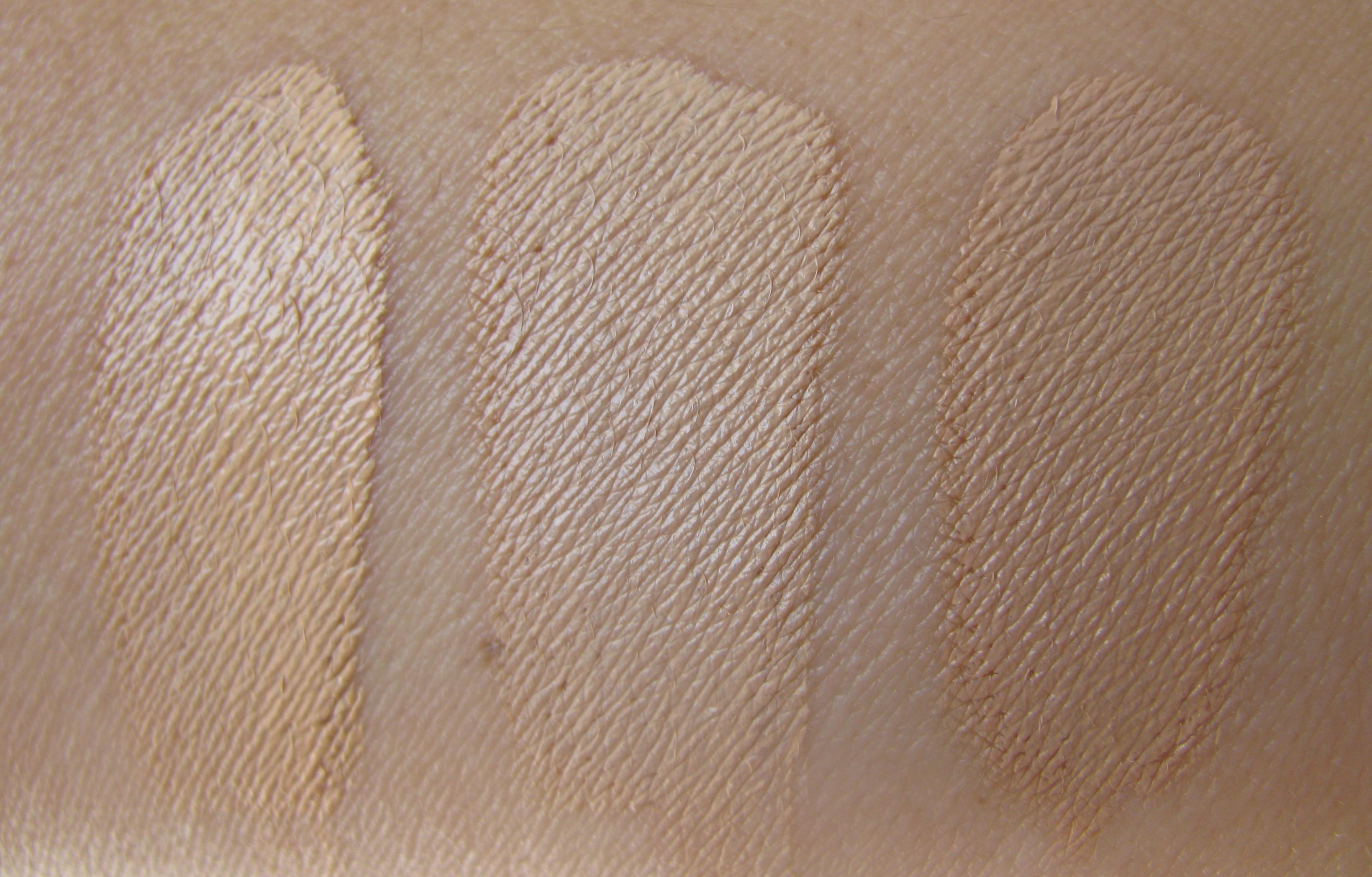 Skin Base Foundation by Illamasqua #16